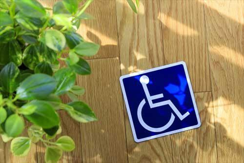 一定規模以上の企業は、障がい者を雇用する義務があります。