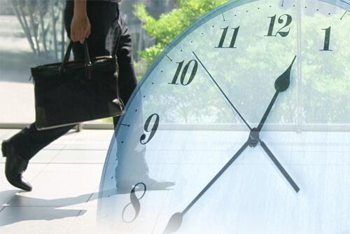 勤怠管理システムを活用し、タイムカードや労働時間の改ざんを防止する方法